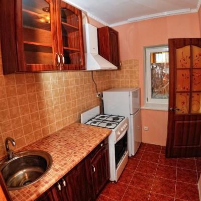 Кухни в номерах гостевого дома «Розовый фламинго» у мыса Казантип, фото 1