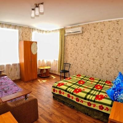 Номера гостевого дома «Розовый фламинго» у мыса Казантип, фото 1