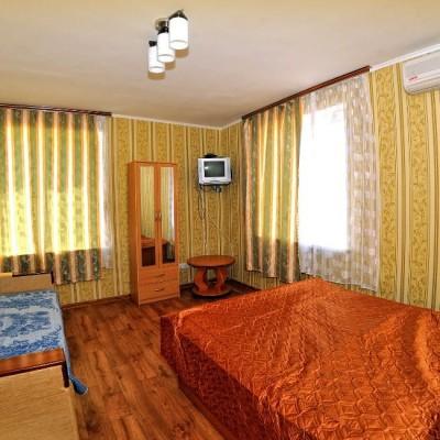 Номера гостевого дома «Розовый фламинго» у мыса Казантип, фото 2